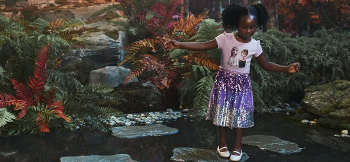 Kidwalk auf der digitalen FROZEN FASHION WEEK