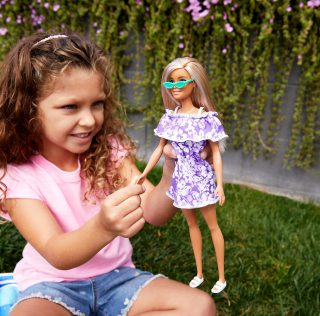 The future of pink is green – Barbie loves the Ocean